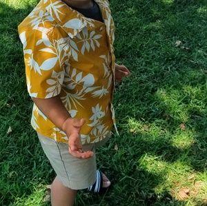 Old navy Hawaiian yellow button up
